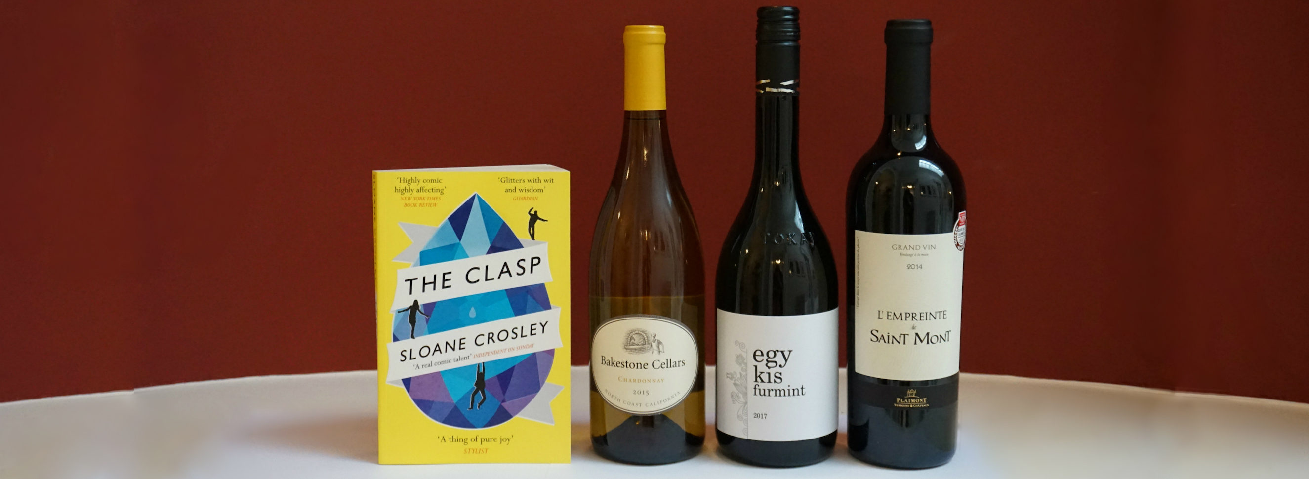 Book & Bottle #NovelPairing: The Clasp